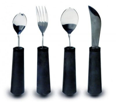 Spiseske, gaffel, spisekniv og teske med tykt skaft og justerbart hoved