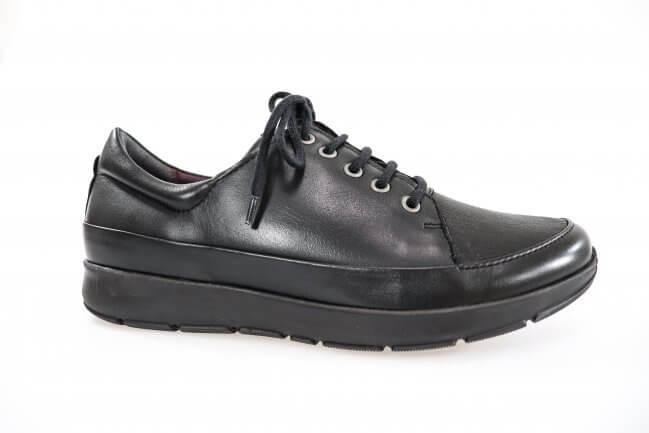 8b727a4509d Denne sko er en klassisk sko fra New Feet .