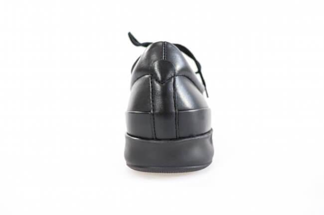 d2c481e4c8d Klassisk snørresko til damer fra New Feet