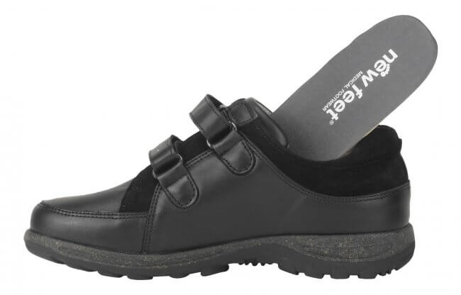 b35d1eb0d33 Sko fra New Feet i klassisk design med strækskind - ekstra bred